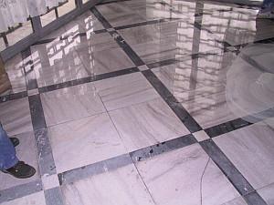 Obrázky / Mramorové podlahy - krystalizace po