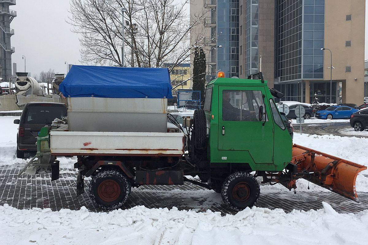 Multikára - odklízení sněhu 2